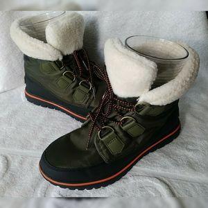 Sorel Cozy Carnival Green Boots sz 7 EUC